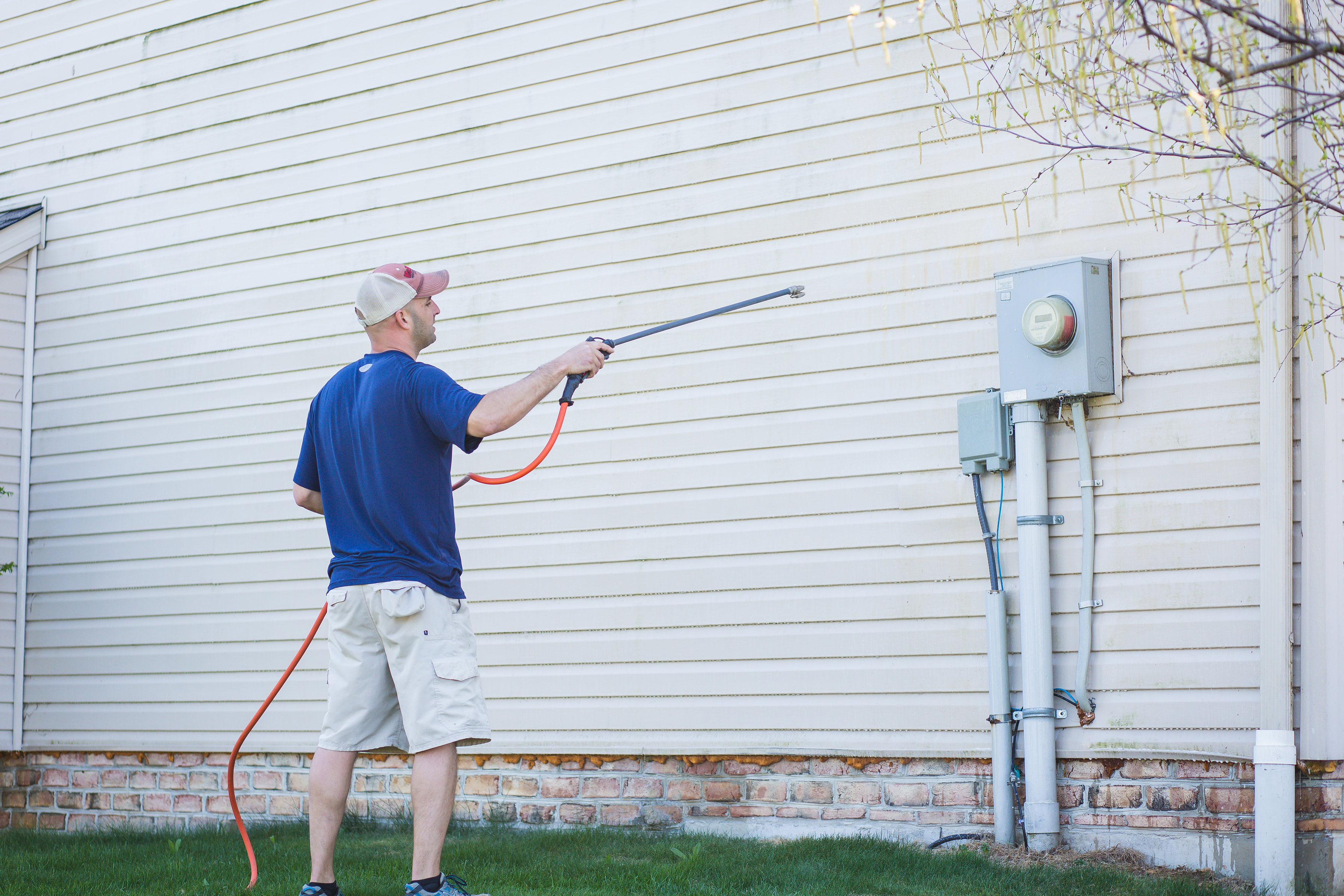 Pressure Washer | House Washing Contractor in Hagerstown MD